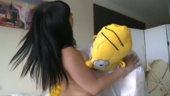 Homer Simpson gets set along with severely curvy blonde youngster