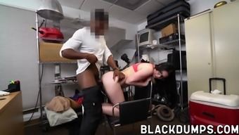 Rocker girl fucked by undead dark colored tilt doggystyle for position