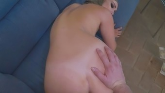 Round booty extraordinary bitch wants to experience original the flesh of animals inside her gaps