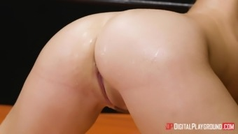 Blair Williams and Kissa Sins clobber all of the brushed cunts