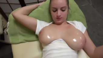 Major Naturally-occuring Czech Amateur Tiny - Oily rubdown