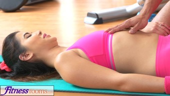 FitnessRooms Fitness center instructor plucks down her yoga underwear