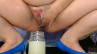 bbw preg squirts into jar and refreshments