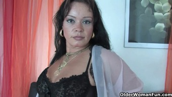Chubby frisbee mother in stockings operates her challenging clit