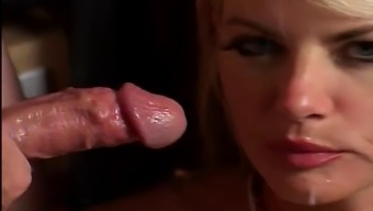 Vicky Vette - Warm Threesome within the Movies