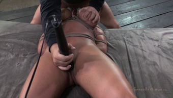Ava's playful mind should be abused with some difficult deepthroating!