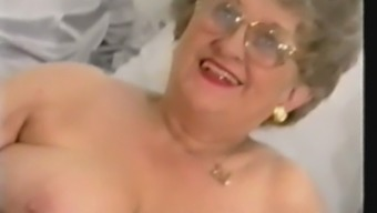 Chunky Old Granny Strips and Plays again