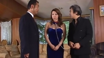 Submissive Japanese people object MILFs made use of outdoors and fucked very difficult