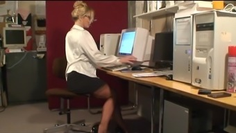 Sexy Stocking Repartee MILF in Engaged Workplace