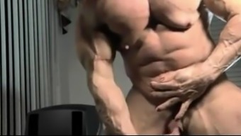Muscle tissues by using Big Clit and Growing Family home
