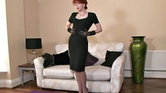 Redhead Mum By using Stockings In Independently Action