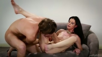 Perverted large and full-figured dark MILF needs a chance to be fucked challenging enough