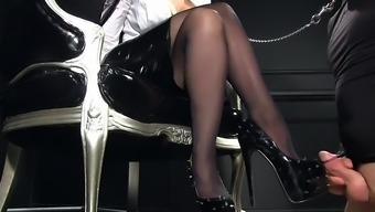 Femdomlady spiked High heel boots cumshot