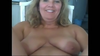 Age blond homemaker broken her fuzzy old pussy on cam