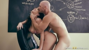 Karlee Grey seduces a attractive instructor back with her astonishing titties