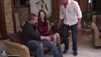 Russian moaner Irina Pavlova is having dirty sex with the use of two wild dudes