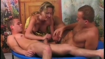 Real whore Jennifer keeps on sucking dicks during bisexual MMF 3some