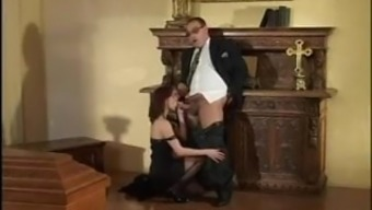 A girl fucks with uncle near father's coffin