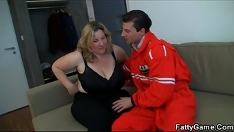 Doggy-fuck for huge boobs round brown