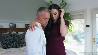 Delightful hottie Marley Brinx gets her punani licked and fucked