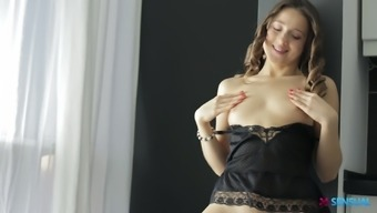 Slender Taissia Shanti gets her pussy stopped by the kinky close friend