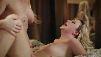 Fabulous curvaceous blonde girl Samantha Rone is eager to function on tear