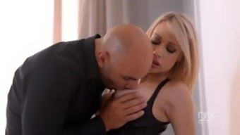 Passive black Chessie Kay gets cuffed and creamed