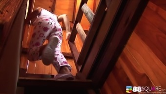 Lonely Milk Yada plays with herself and orgasms in the cabin