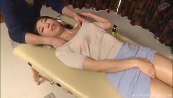 Lucky guy gets to play with Shinkawa Chihiro's perfect body