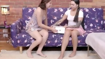 Hairy Aussie cuties use fingers and vibrator