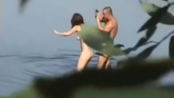 Hot brunette and her guy enjoy in hot outdoor sex session