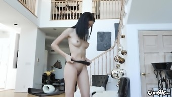 Petite Asian babe Scarlett Bloom pounded and creampied