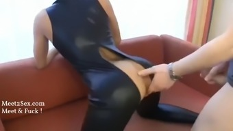 My cheating mom gets fucked by photographer