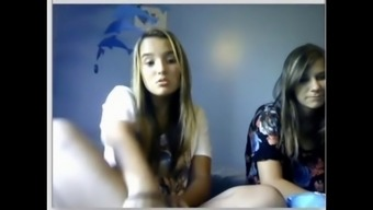 Chatroulette girls feet 1
