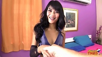 Thai go-go chick Tansanee is fucked by one brutal foreigner