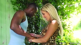 Interracial outdoors fucking with shaved pussy Georgie Lyall