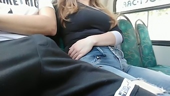 An unknown girl make me handjob on the bus. IN PUBLIC