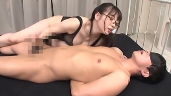Busty hottie Saitou Miyu pleases a guy by sucking his hard dick