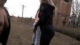 Threesome shemale and 2 girls part1