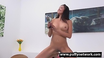 Hot - Asian Begs For More Piss