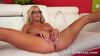 Nerdy giggling blonde nympho Kiara Lord uses dildo for drilling her wet pussy