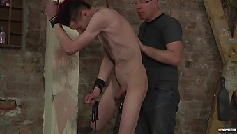 Kinky man wants to be tied up and spanked by a mature gay guy