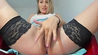 You_Love_Melisa mastourbate and squirt