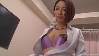 Hot ass doctor from Japan drops her panties for a quickie