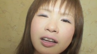 Japanese MILF along with pleasant tits sheds her winter choose in order to get fucked