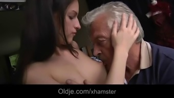 Intimate sexual apology for loose grandpa