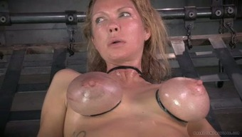 Large breasted mum along with nipple clamps on and gets her muff toyed