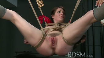BDSM XXX Dom makes terminated subs pussy squirts like a well