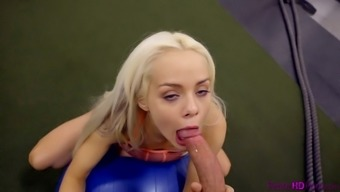 Zealous blonde sporty nympho Elsa Jean is fucked mish in the gym