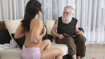 Old Little Adult material Beautiful Youngster Fucked by old man on the couch